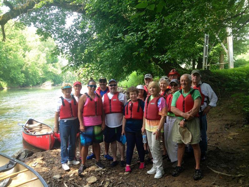 cherokee-run-canoe